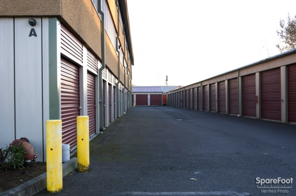 Storage Units At Auburn Express Storage 2 16th St Ne