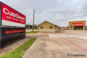 CubeSmart Self Storage - Pearland - 1919 E Broadway St