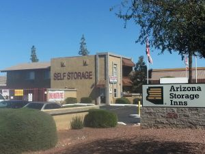 Arizona Storage Inns - Elliot Dobson