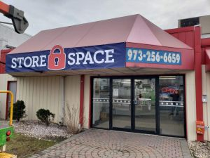 Store Space Self Storage - 1012
