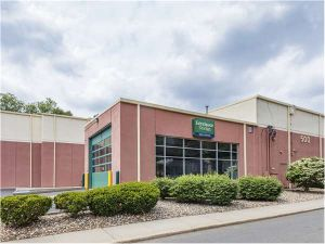 Extra Space Storage - Glen Rock - Broad St