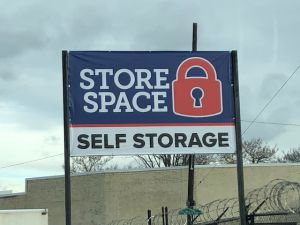 L006 Store Space Self Storage - Erie