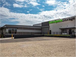 Extra Space Storage - St Louis - Vandeventer Ave